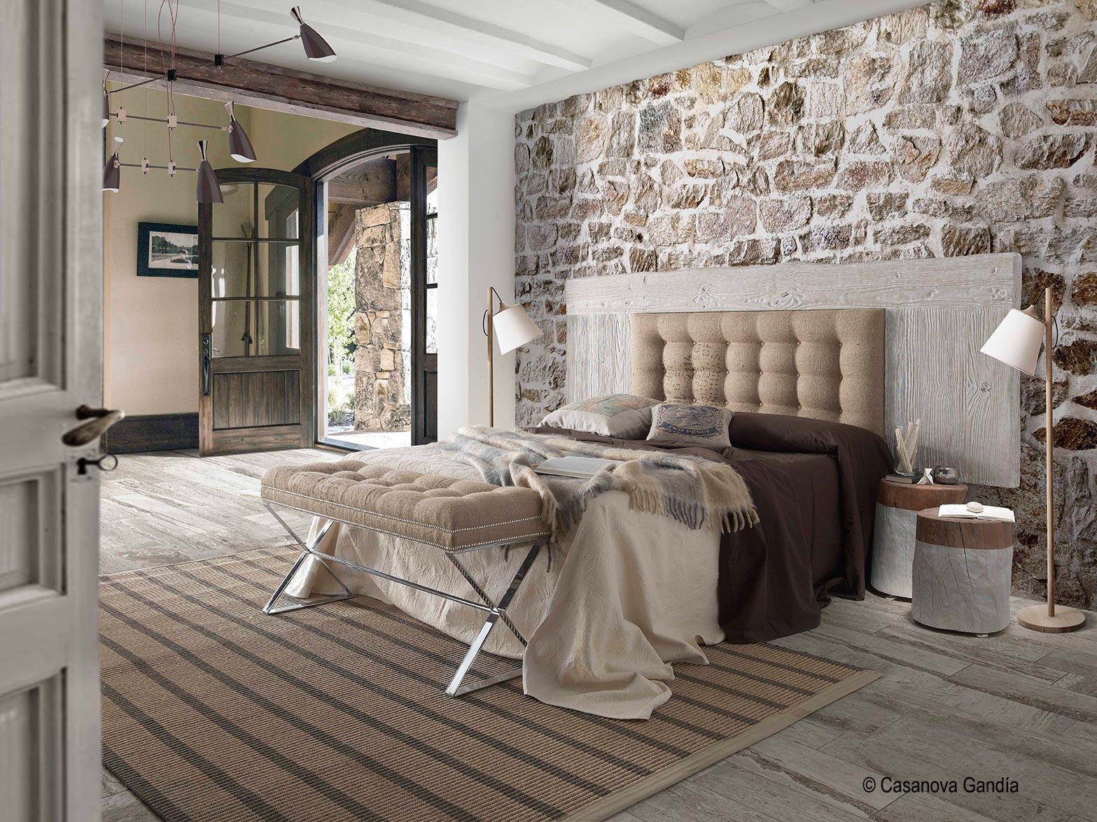 Dormitorio principal detalles met licos y madera erosionada for Dormitorios rusticos ikea