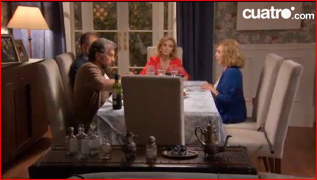 Sillas Casanova Gandia en el comedor de Maruchi, Ciega a Citas.