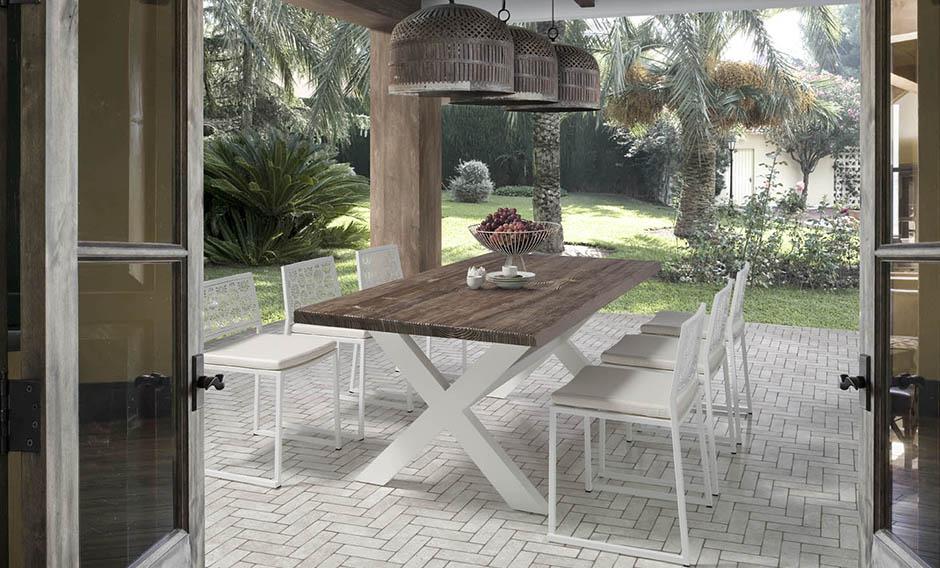 Muebles para el exterior para el porche for Comedores exteriores para terrazas