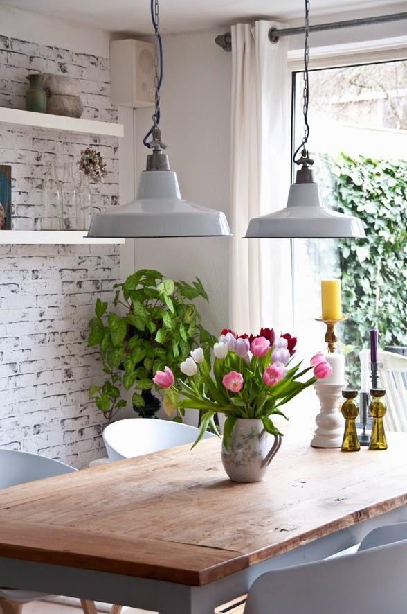 mesa con flores2